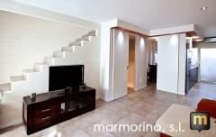 Reforma duplex con marmorino polvo de m�rmol y travertino