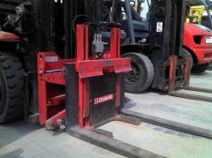 Volteador hidraulico de contenedores con prensor