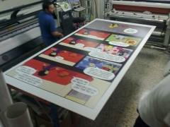Preparando material para un decorado del Carnaval de Las Palmas 2012