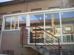 Cerramiento frontal de terraza
