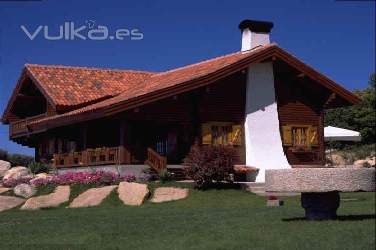 Foto construcci n de casas n rdicas m s informaci n en for Empresas constructoras de casas