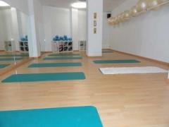 Foto 13 masajes en Zaragoza - Yoga&pilates Goya 59