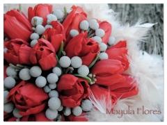 Ramo de novia con tulipanes rojos y plumas mayula flores zaragoza