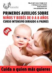 Primeros auxilios a ni�os y beb�s