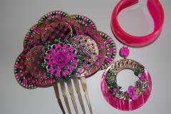 Conjunto de flamenca fucsia, peina, pendientes y pulsera por menos de 12eur