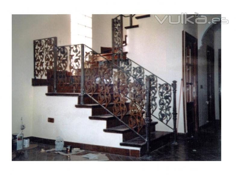 Foto Barandillas Y Tiros De Escaleras En Forja Tradicional