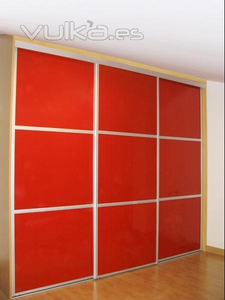 Foto puertas correderas con vidrio lacado - Puertas correderas vidrio ...