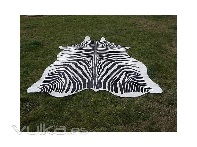 Alfombras piel de vaca y pelo natural alfombra cebra - Alfombra piel cebra ...