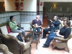 Visita de 6 turcos a la orotava entrando en el hotel rural victoria