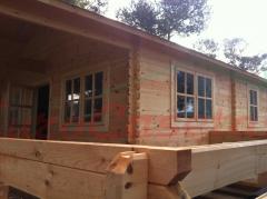 Ultimo montaje de casa de madera, modelo ASTI de 58mm de grosor
