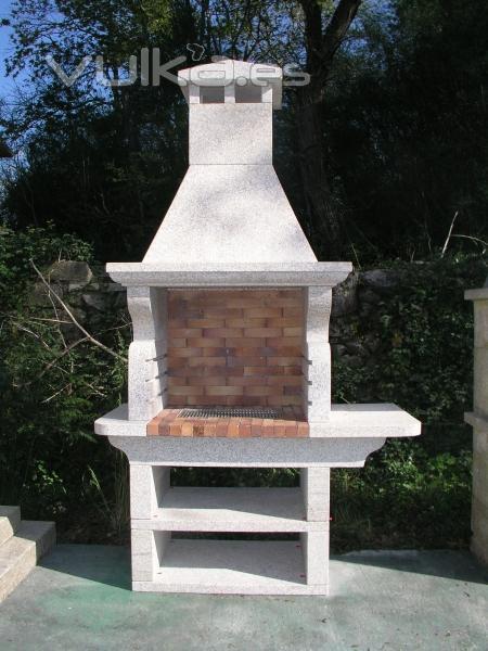 Foto barbacoa orzan tallada en piedra natural placas refractario medidas 145 x 70 x 250 cm - Barbacoas de piedra natural ...