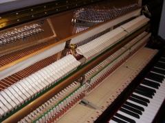 Pianos nuevos verticales desde 2800 euros iva incluido. Servicio técnico y transporte incluidos
