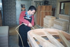 Juan G. Cantalapiedra fabricando pianos en Alemania