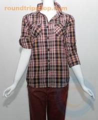 Preciosa camisa de la marca bench. para chica. primavera 2012