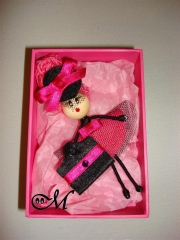 Broches mu�ecas personalizadas  / brooch doll