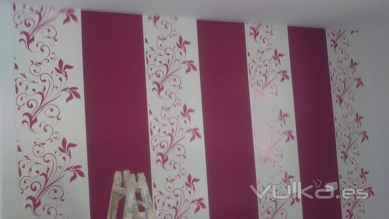 Pintura y decoracion cesar - Decoracion con papel pintado y pintura ...