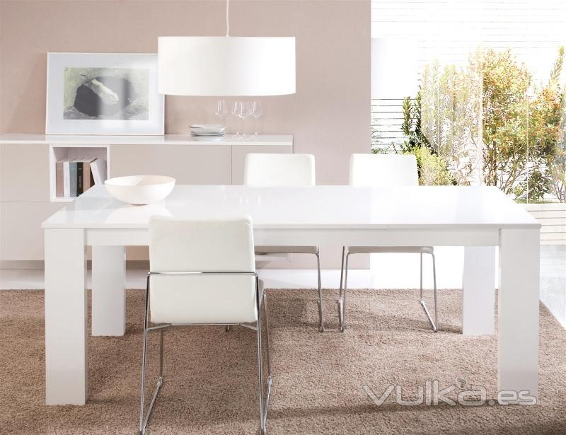 Muebles saga mobiliario y decoracion ejea de los for Mesas cocina zaragoza