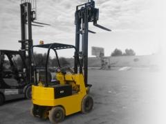 Ref.:1329, carretilla el�ctrica toyota, modelo: 2fbh15, capacidad de carga: 1500 kgs., m�stil duplex