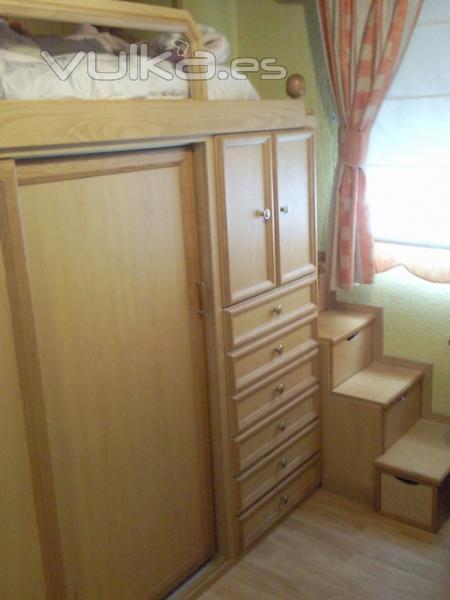 Foto dormitorio juvenil alto on armario debajo de la cama - Cama armario debajo ...