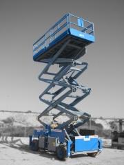 Plataforma SKYJACK, mod.: SJ9250, capacidad de carga: 681 Kgs., Altura trabajo:17200 mm