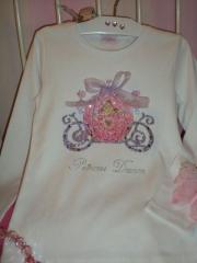 camiseta carroza princesa disney cenicienta, con aplicaciones en cristal de swarovski