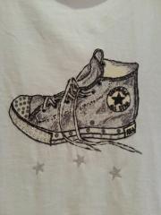 camiseta converse bota alta con aplicaciones en cristal de swarovski