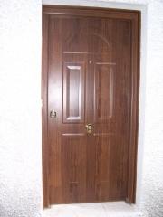 Puerta metalica de seguridad