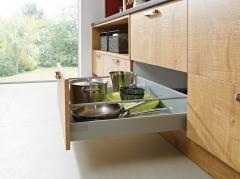 Detalle mobiliario de cocina elementa modelo bari