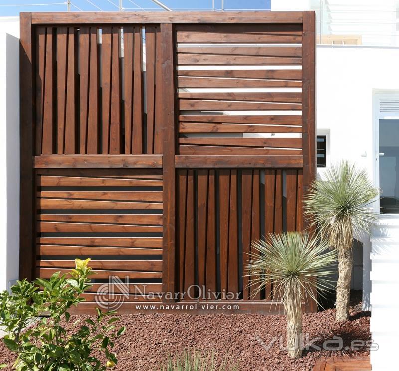 Foto biombo de madera xxl for Biombo exterior para jardin