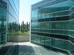 Exterior del edificio de oficinas a reformar