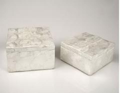 Caja �valos n�car blanco. disponible en varios tama�os.