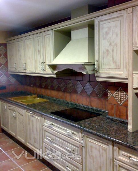 Foto cocina de madera envejecida - Muebles de cocina en jaen ...