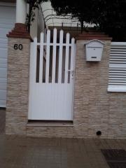 Puerta cancela de aluminio