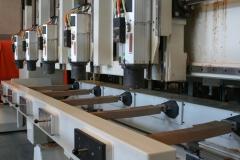 Centro de mecanizado serie mm multicabezal para trabajar cinco piezas simultaneamente.