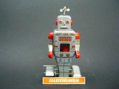 Colecciolandia.com ( robot de hojalata con mecanismo de cuerda