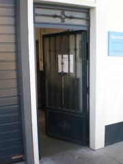 Todo tipo de puertas metalicas , puertas para naves industriales , puertas para comunidades , etc.