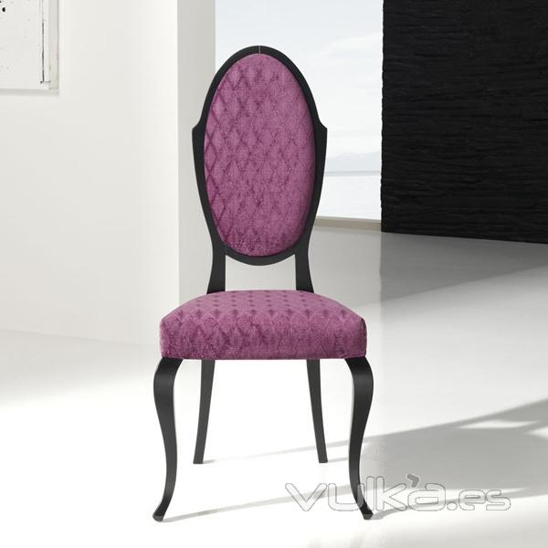 Foto silla comedor clasica tapizada for Sillas clasicas tapizadas modernas