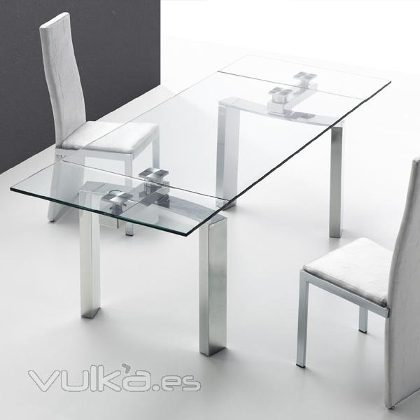 Foto mesa comedor extensible cristal y acero inoxidable for Mesa acero inoxidable