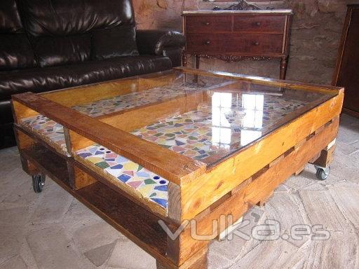 Foto mesa de centro hecha con palets - Mesa de palets bricolaje ...