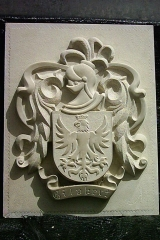 Escudo heraldico tallado a mano en piedra natural