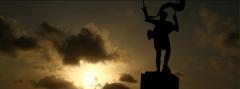 Fotograma del reportaje de melilla para fitur 2012, contraluz de la estatua de estopi�an