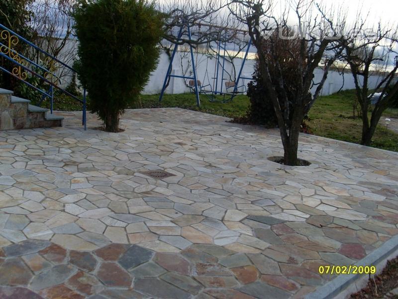 Foto pavimento piedra canteras leonesas for Pavimento piedra natural