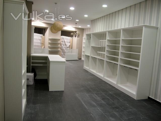 Foto boutique infantil el hada nicoletta en segovia for Muebles para boutique