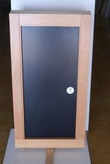 Maquetq puerta pivotante eje desplazado