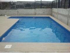 piscina estilo moderno