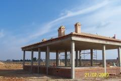 Estructura de hormigón y cubierta