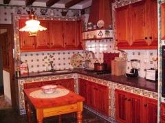 Diseño y creación de cocinas artesanas.