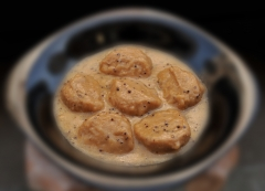 Plato elaborado en conserva (albóndigas en salsa de mostaza)