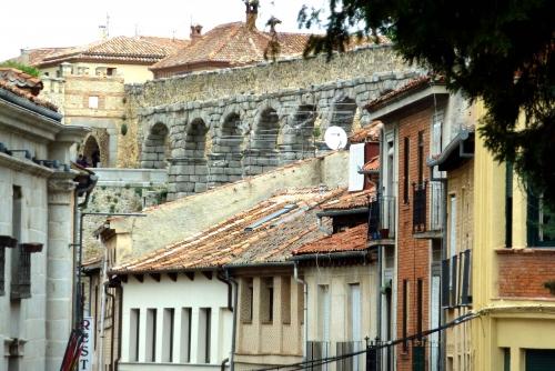 Otra vision de Acueducto Romano de Segovia