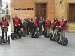Grupo incentivos en segways por la Ciudad de Elche